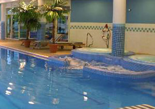 Visit Penistone Accommodation In The Penistone Area Hotels Holiday Inn Dodworth Barnsley